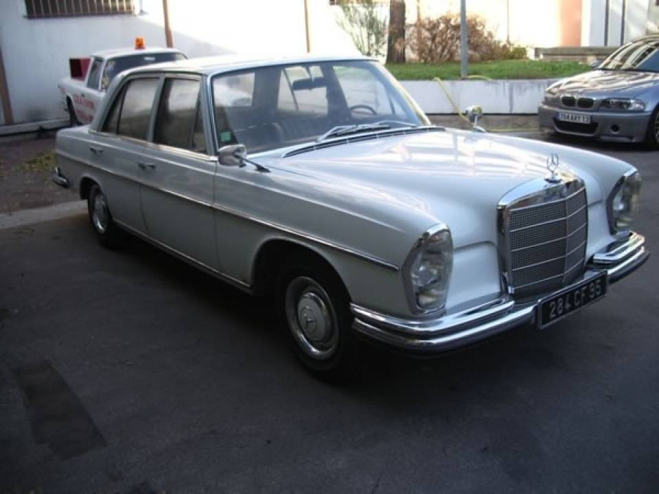 1966 mercedes 250 se. Black Bedroom Furniture Sets. Home Design Ideas